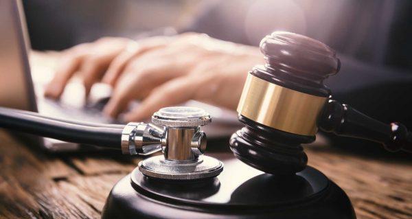 Conheça as características das ações judiciais para acesso a medicamentos no Brasil